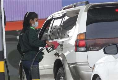 Los bloqueos dejaron sin combustibles a algunos municipios/Foto: Fuad Landívar