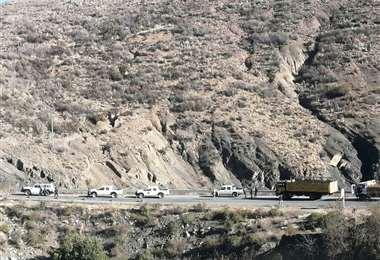Vehículos varados cerca de Cuchu Ingenio de la carretera Tarija - Potosí/Foto: David Maygua