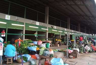 Comerciantes invitaron a la población a abastecerse en el Nuevo Abasto