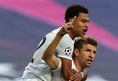 Müller marcó dos goles para el Bayern