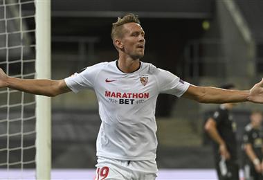 De Jong anotó el gol del triunfo del Sevilla
