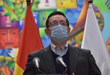 El ministro Óscar Ortiz