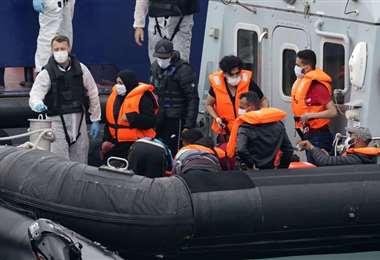 Reino Unido revela un fuerte aumento de inmigrantes ilegales por los cruces del canal de La Mancha