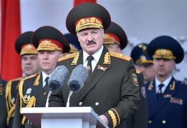 El presidente de Bielorrusia, Alexandre Lukashenko, enfrenta la mayor ola de protestas desde que llegó al poder en 1994