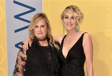Kelly, que padece lupus, y Sharon Stone