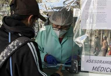 La pandemia no cede y el personal de salud es insuficiente (Foto: El Deber)