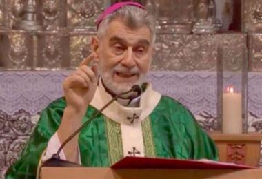Monseñor Gualberti, arzobispo de la Diócesis de Santa Cruz