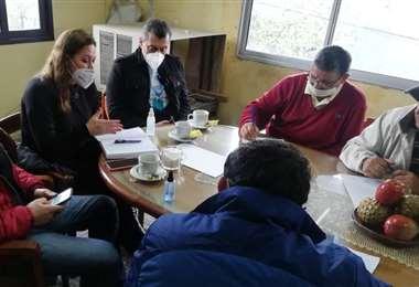 Capobianco, centro, analizó junto a los productores sus distinta demandas