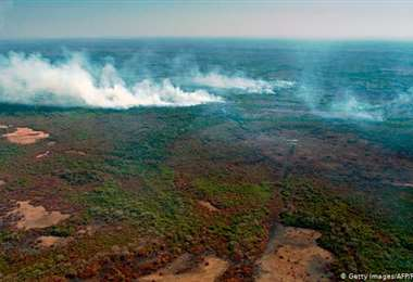 El humedal brasileño arde