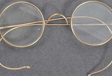 La gafas de Gandhi subastadas. Foto AFP