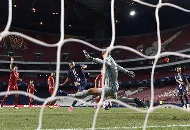 Neuer tuvo una jornada impecable en la final. Foto: AFP