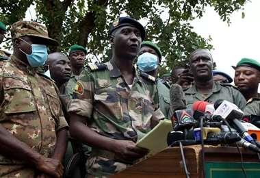 La junta militar planea una transición. Foto Internet
