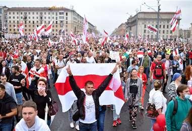 Opositores se manifiestan en Minsk. Foto AFP
