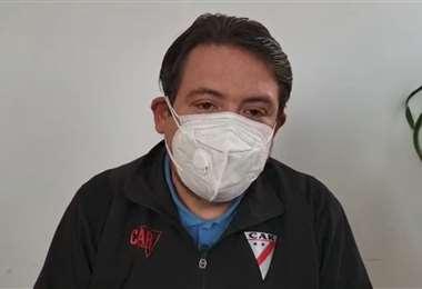 Erick Koziner, médico del club Always Ready. Foto: Captura video