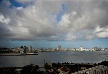 La Habana poco antes de la llegada de Laura. Foto AFP