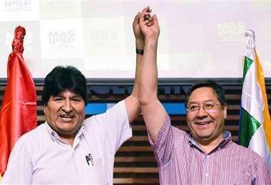 Morales seguirá al frente de la campaña del MAS.