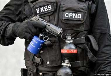 Venezuela: ordenan arresto de jefes policiales por asesinato de periodistas