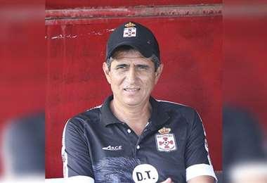 José Peña, entrenador de Real Santa Cruz. Foto: internet