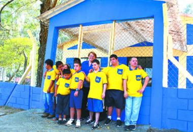 Fusindo celebra sus 27 años y clama por apoyo de la población