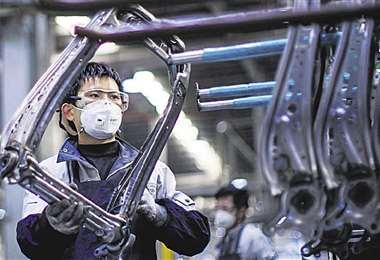 El sector automotriz está cerrando plantas en varias ciudades. Foto: AFP