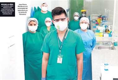Jean Pierre Mendoza es el encargado del laboratorio. Foto: Gobernación
