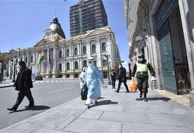 Brigadas que realizan rastrillaje en La Paz. Foto: APG Noticias