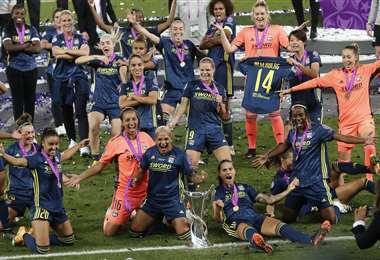El festejo de las campeonas de la Champions. Foto: AFP