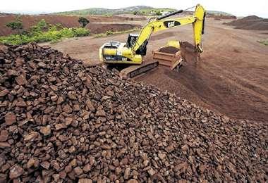 La ESM se dedica a exportar hierro como materia prima/Foto: EL DEBER