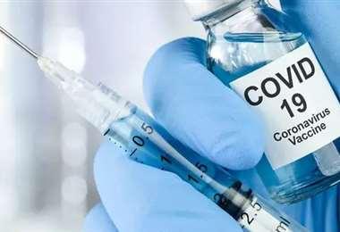 Ni la vacuna va a terminar con el coronavirus aseguran expertos. Foto La Tercera