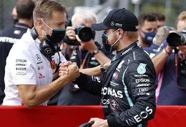 Valtteri Bottas celebrando su logro. Foto: AFP