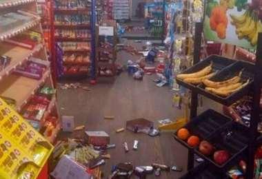 Productos cayeron en un supermercado de Carolina del Norte. Foto Internet