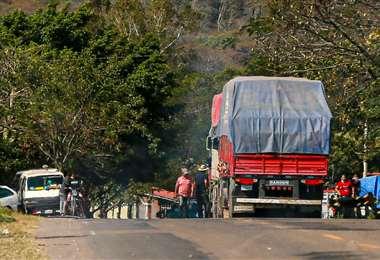 Se mantiene el bloqueo en Tiquipaya. Fotos: Jorge Uechi