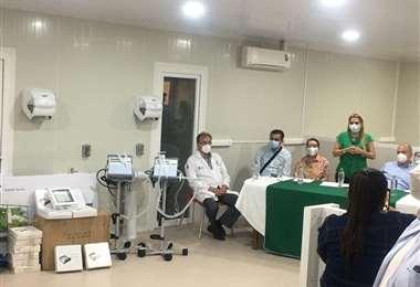 Presidenta Áñez entrega respiradores y otros equipos médicos al Oncológico /ABI