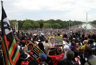 Protesta contra el racismo en Washington el viernes pasado. Foto AFP