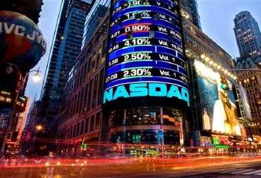 El martes el compuesto tecnológico Nasdaq perdió 465,44 puntos (4,1%)