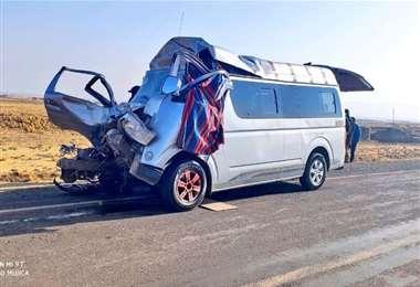 El minibús que impactó con la volqueta I Rodolfo Mujica