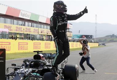 Hamilton lidera el campeonato mundial de F1