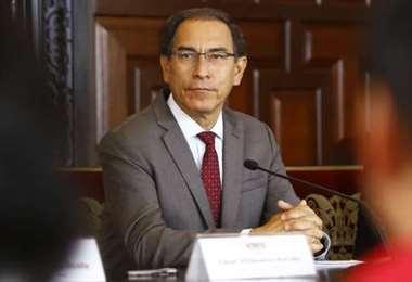 El Congreso de Perú someterá al presidente Vizcarra a juicio de destitución