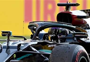 La celebración de Hamilton al cruzar la meta este domingo. Foto: AFP