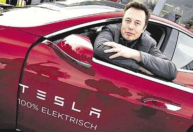 Tesla surgió para buscar un vehículo eléctrico asequible que eliminara la combustión fósil