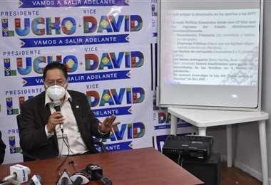 Arce presenta proyecto de ley para devolver aportes a las AFP. Foto: APG