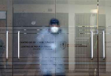 En este centrro se prueban vacunas contra el coronavirus en Lima. Foto AFP