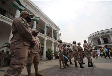 Este grupo marchó en rechazo al paro /Foto: Jorge Gutiérrez