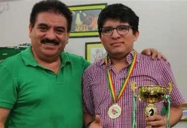 Javier Monroy padre (izq.), vicepresidente de la FBA, y Javier Monroy hijo