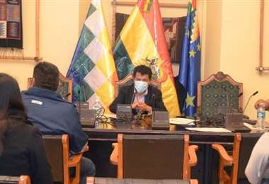 La comisión legislativa I Senado.