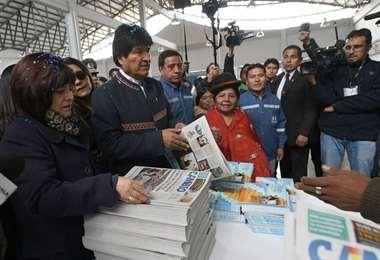 La exministra junto a Evo Morales I archivo.