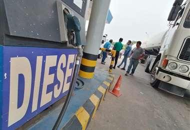 Actualmente existen problemas en el suministro del combustible/Foto: Hernan Virgo