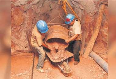 Hasta junio las ventas externas del sector minero cayeron un 38%