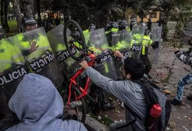 En los últimos días resultaron heridos 258 civiles y 315 policías,