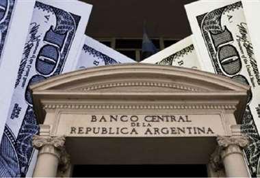 El Banco Central busca frenar la caída de las reservas. Foto Internet
